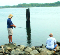 Fishing at Arthur Kill
