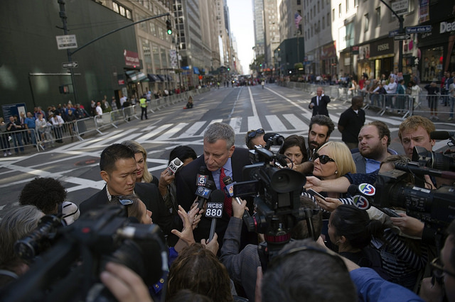 de blasio media parade col day