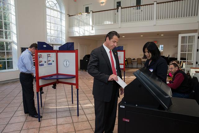 Cuomo voting 2015
