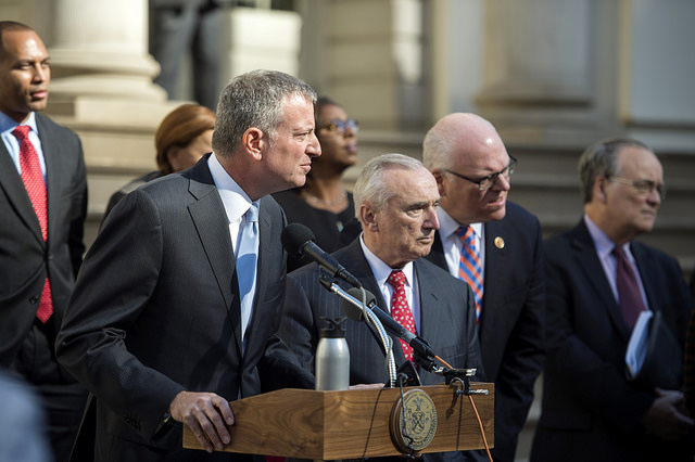 de blasio bratton nov 9