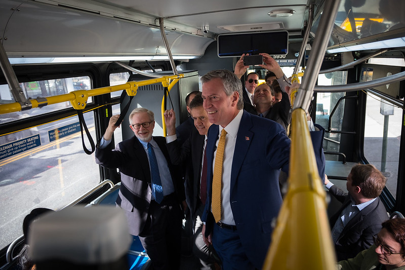 de Blasio city bus