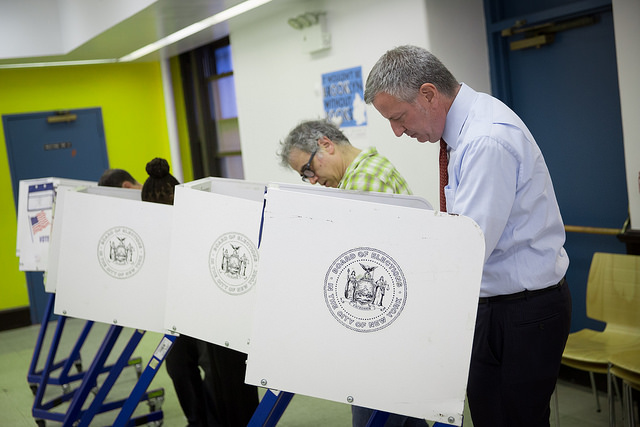 bill de blasio voting april 2016