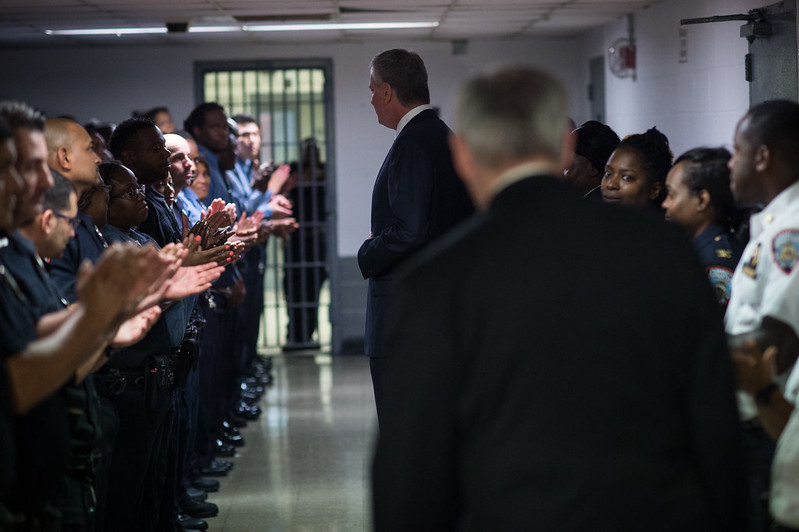 Rikers jails de Blasio