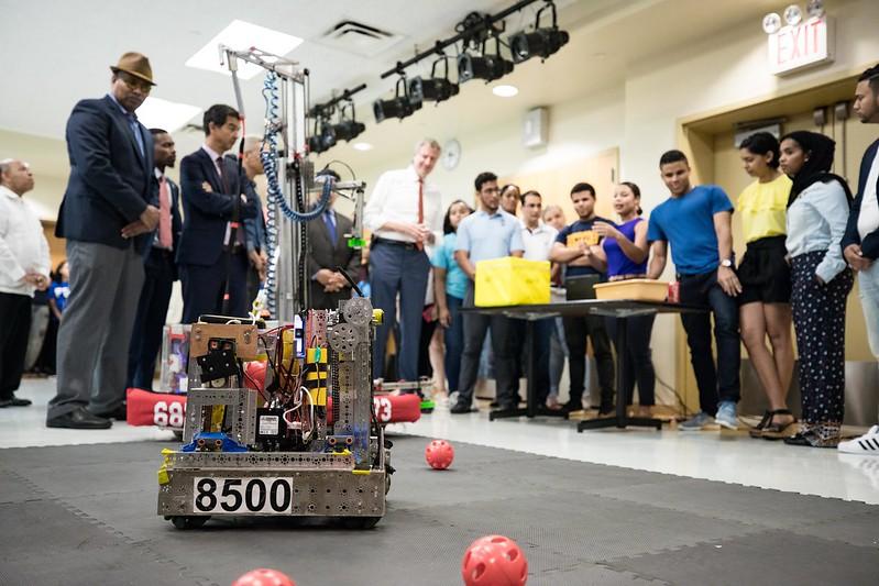 robotics tech class