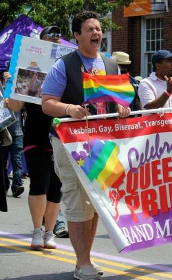 Queens-Pride-2012-Teen-Scream