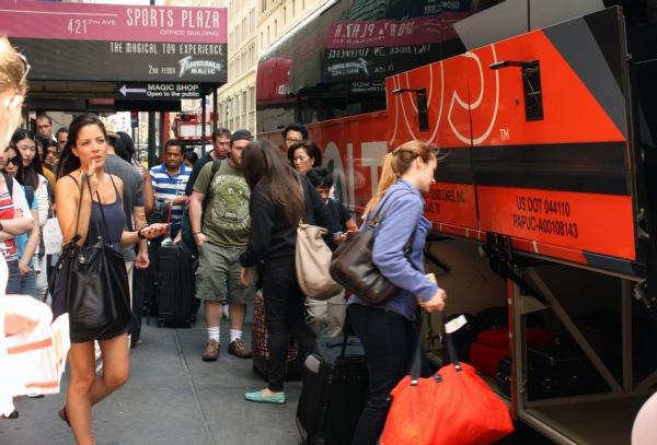 boltbus-crowded