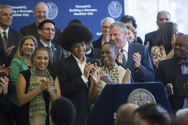 de blasio mccray family leave