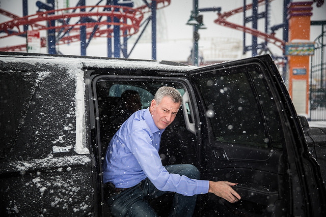 de blasio car snow