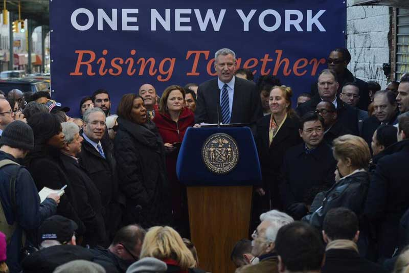 Mayor de Blasio at a paid sick leave rally