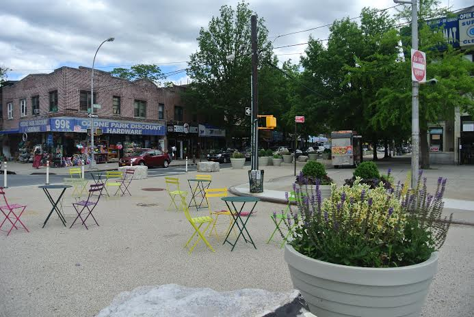Liberty Ave Plaza