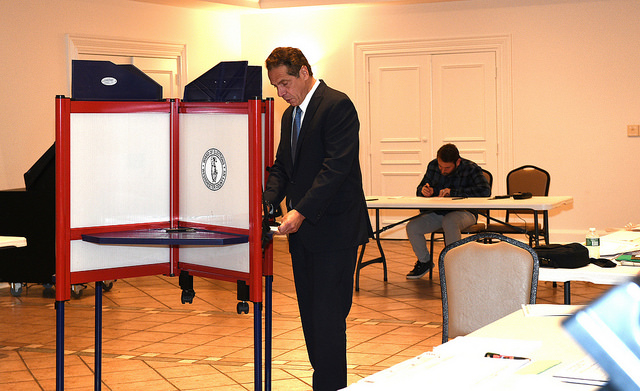 Andrew Cuomo voting