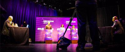 debate stage400