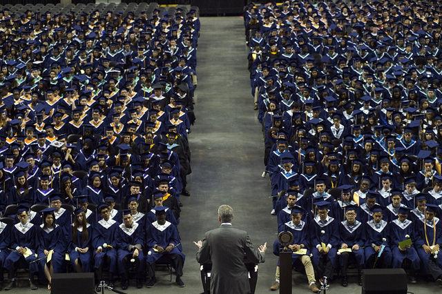 de blasio graduation crowding