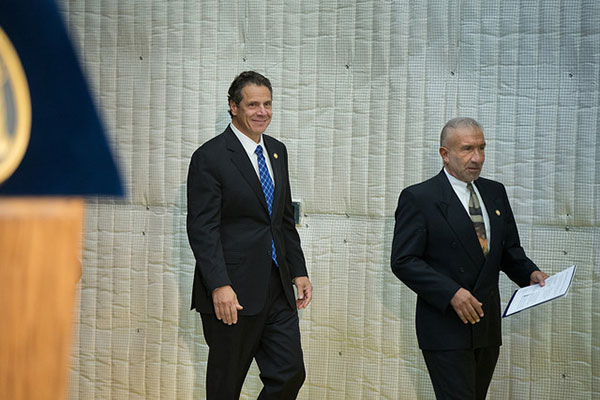 cuomo and kaloyeros walking
