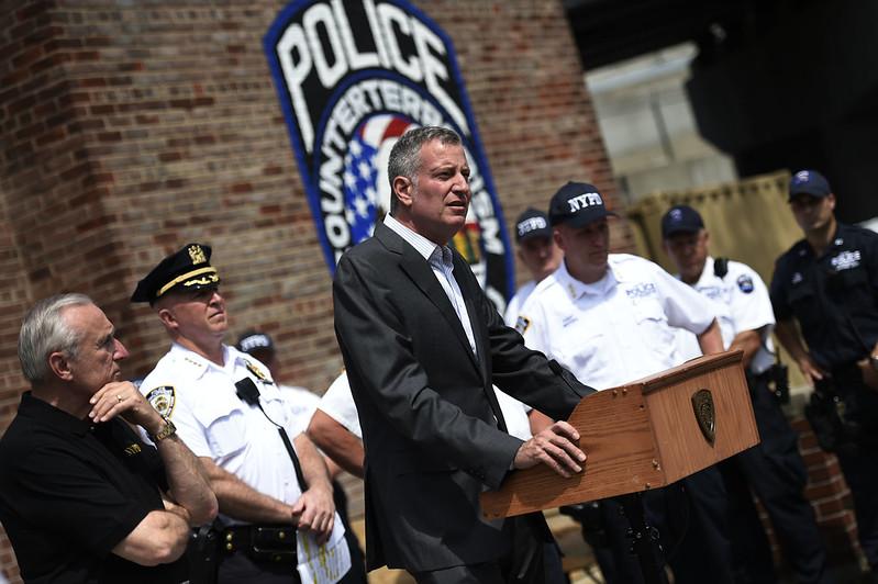 mayor police com