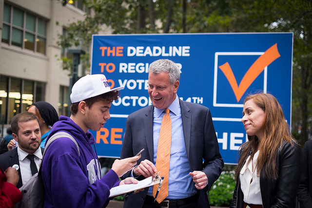 de blasio voter registration