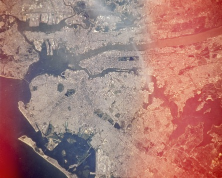 new-york-city-from-space-large