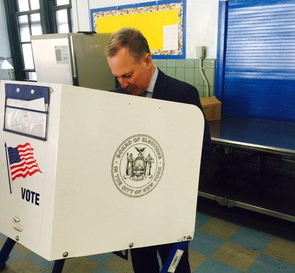 Schneiderman voting